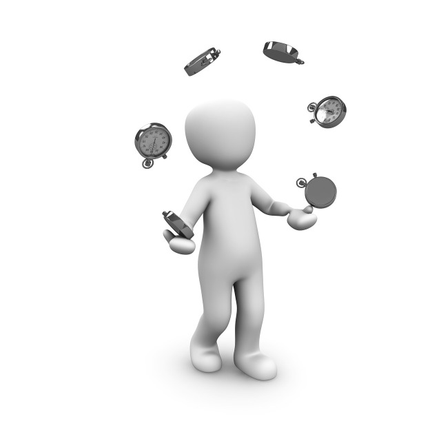 https://pixabay.com/en/juggle-artists-circus-money-1027147/